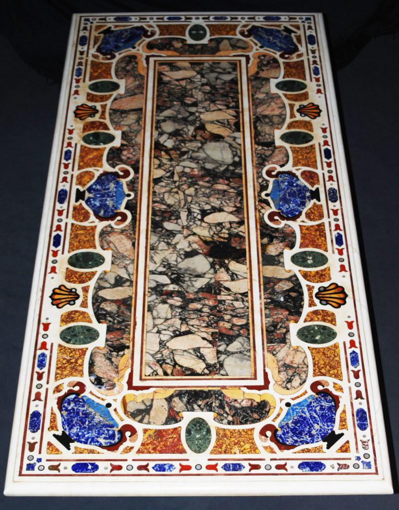 Tavolo rettangolare intarsiato